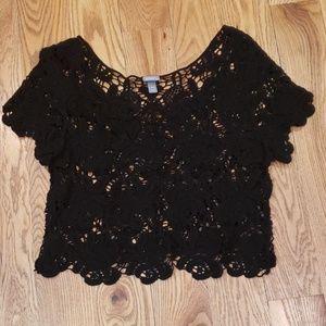 Vanity crop lace tee